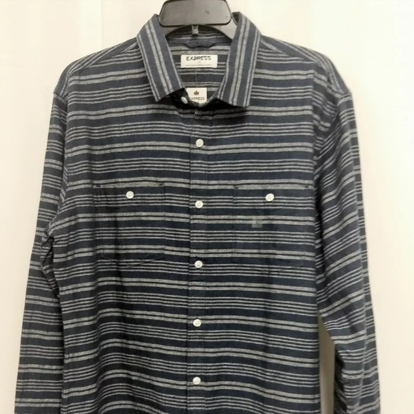 Express Other - NWT  Large Blue Gray Linen Blend Shirt     BP75